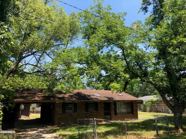 310 Durrence Street, Glennville, GA 30427 (MLS #131357) :: Coldwell Banker Holtzman, Realtors