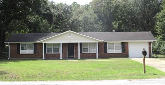 203 W General Stewart Way, Hinesville, GA 31313 (MLS #132367) :: Coldwell Banker Holtzman, Realtors