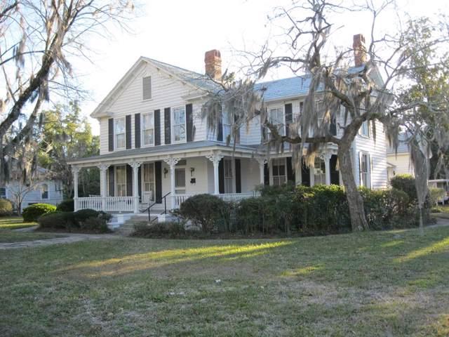 318 East Plum Street, Jesup, GA 31546 (MLS #133328) :: Coldwell Banker Southern Coast