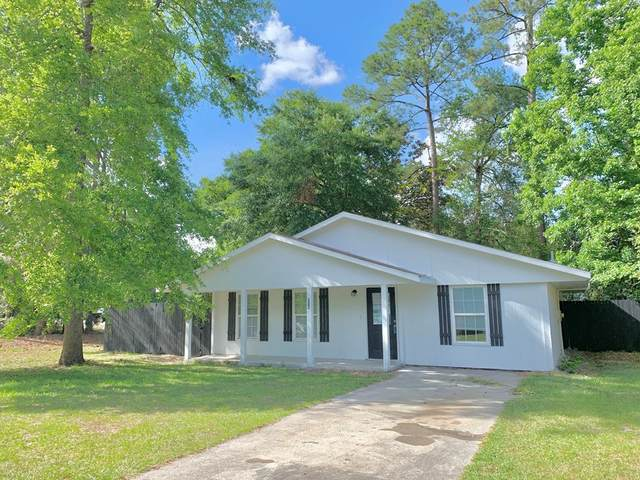 204 Garden Circle, Hinesville, GA 31313 (MLS #134570) :: Coldwell Banker Southern Coast