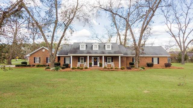 800 East Simon Street, Glennville, GA 30427 (MLS #137504) :: Coldwell Banker Southern Coast