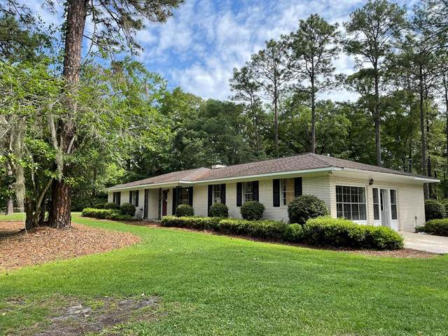 301 Lakeview Drive, Hinesville, GA 31313 (MLS #138995) :: RE/MAX Eagle Creek Realty