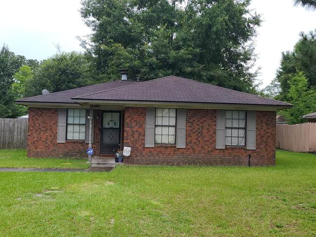 209 Garden Circle, Hinesville, GA 31313 (MLS #139583) :: Coldwell Banker Southern Coast