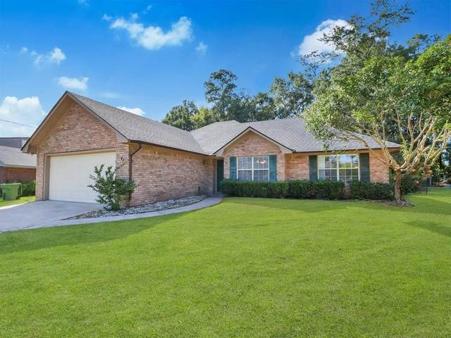 41 Thornbriar Drive, Hinesville, GA 31313 (MLS #140841) :: Coldwell Banker Southern Coast