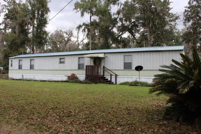 71 Faye Drive, Midway, GA 31320 (MLS #130372) :: Coldwell Banker Holtzman, Realtors