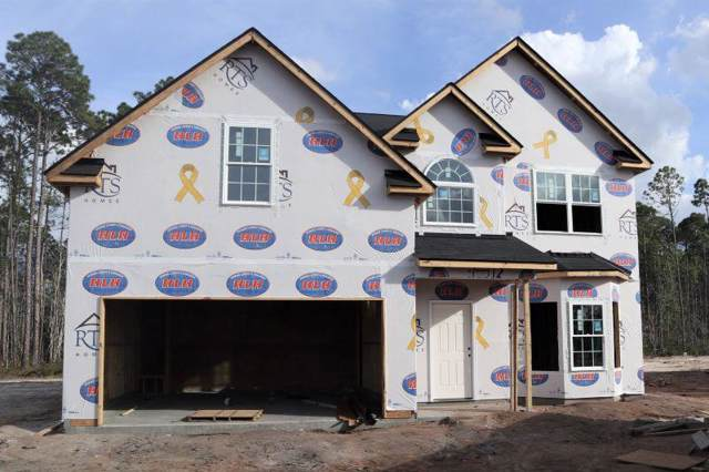 1049 Sweetbay Court, Hinesville, GA 31313 (MLS #133406) :: Coastal Homes of Georgia, LLC