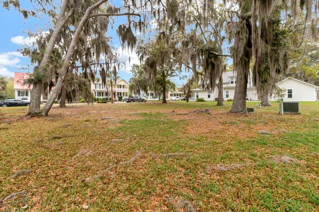 19 Yellow Bluff Drive, Midway, GA 31320 (MLS #134175) :: Coldwell Banker Southern Coast
