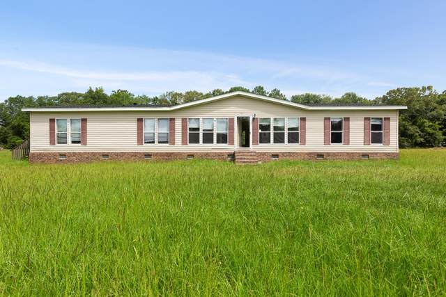 3111 John Wells Road, Hinesville, GA 31313 (MLS #134832) :: Coldwell Banker Southern Coast
