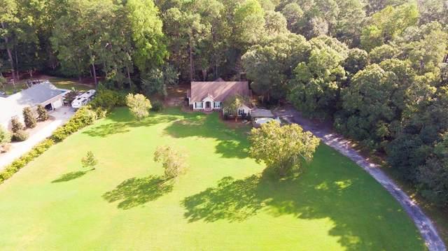 115 Oak Ridge Drive, Glennville, GA 30427 (MLS #135879) :: Coldwell Banker Southern Coast
