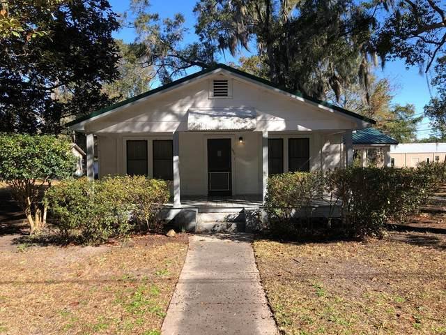 300 West Court Street, Hinesville, GA 31313 (MLS #138182) :: Savannah Real Estate Experts
