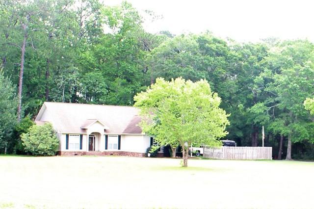 115 Oak Ridge Drive, Glennville, GA 30427 (MLS #123431) :: Coldwell Banker Holtzman, Realtors