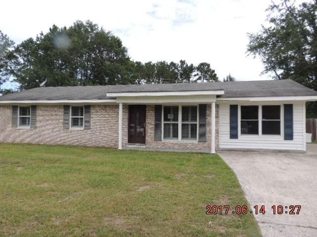160 Sequoia Circle, Hinesville, GA 31313 (MLS #123640) :: The Arlow Real Estate Group