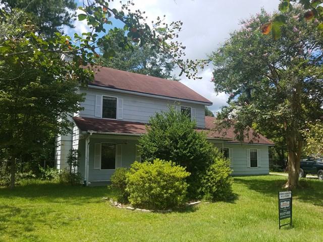 907 Spanish Oak Drive, Hinesville, GA 31313 (MLS #124358) :: Coldwell Banker Holtzman, Realtors