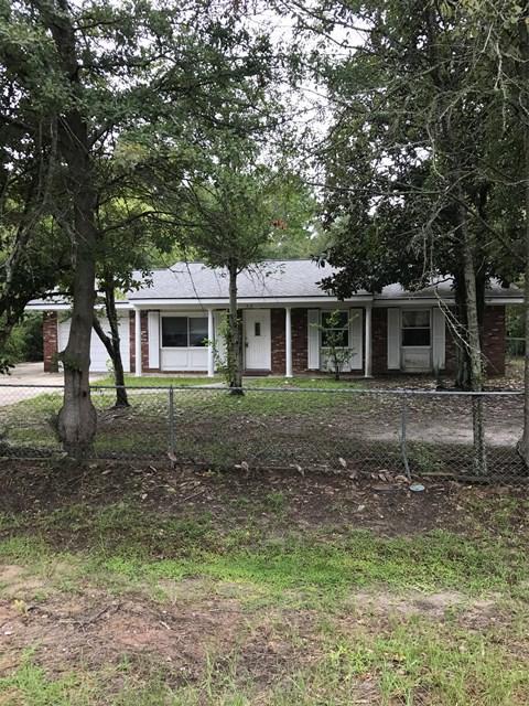618 Fleming Road, Hinesville, GA 31313 (MLS #124363) :: Coldwell Banker Holtzman, Realtors