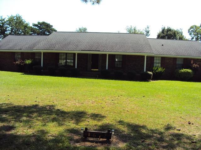 1612 Homer Waters Road, Glennville, GA 30427 (MLS #124390) :: Coldwell Banker Holtzman, Realtors