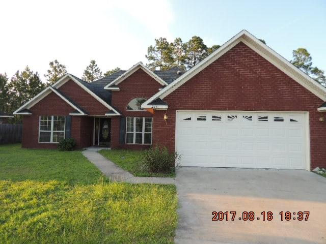 237 Slayton Circle, Hinesville, GA 31313 (MLS #124399) :: Coldwell Banker Holtzman, Realtors