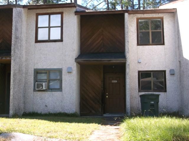 905C Brett Drive, Hinesville, GA 31313 (MLS #125047) :: Coldwell Banker Holtzman, Realtors