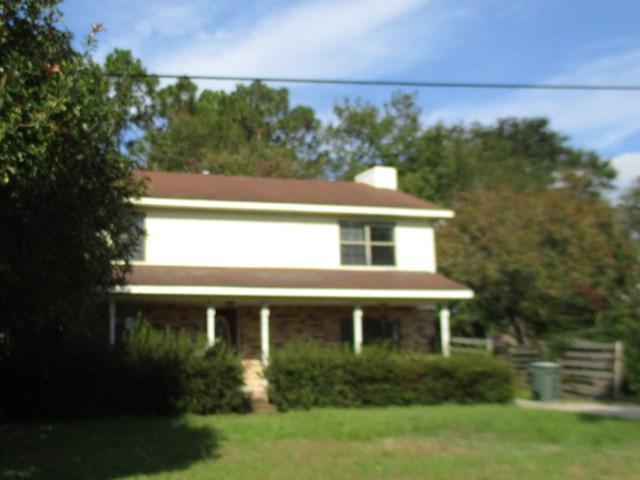 624 Varnedoe Street, Hinesville, GA 31313 (MLS #125715) :: The Arlow Real Estate Group