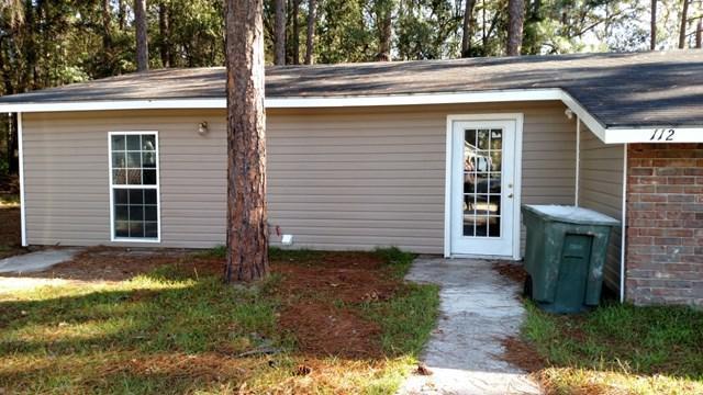 112 Cherokee Circle, Hinesville, GA 31313 (MLS #125723) :: Coldwell Banker Holtzman, Realtors