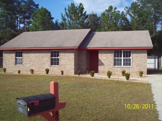 821 Waterfield Drive, Hinesville, GA 31313 (MLS #125729) :: Coldwell Banker Holtzman, Realtors