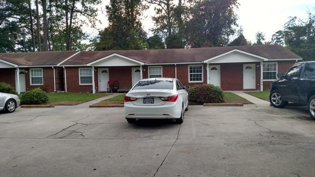 123 Roland Street, Hinesville, GA 31313 (MLS #125732) :: Coldwell Banker Holtzman, Realtors