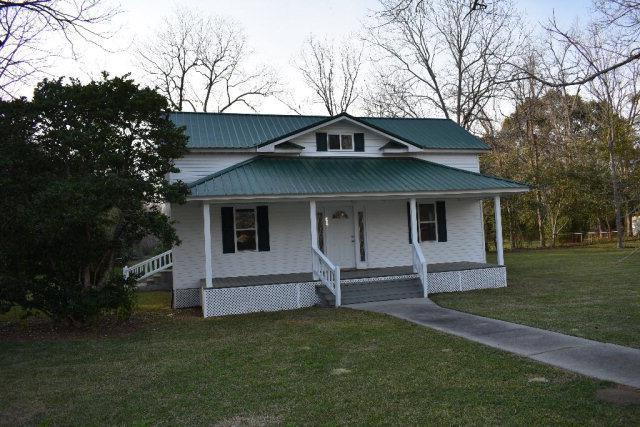 312 South Herrington Street, Glennville, GA 30427 (MLS #127934) :: Coldwell Banker Holtzman, Realtors