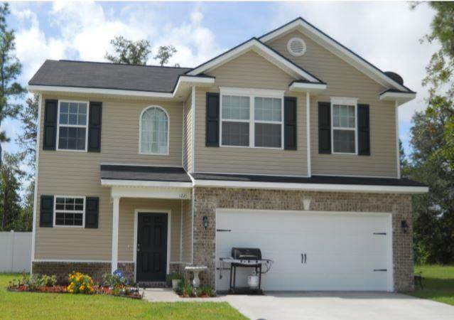 1221 Peacock Trail, Hinesville, GA 31313 (MLS #133860) :: RE/MAX All American Realty