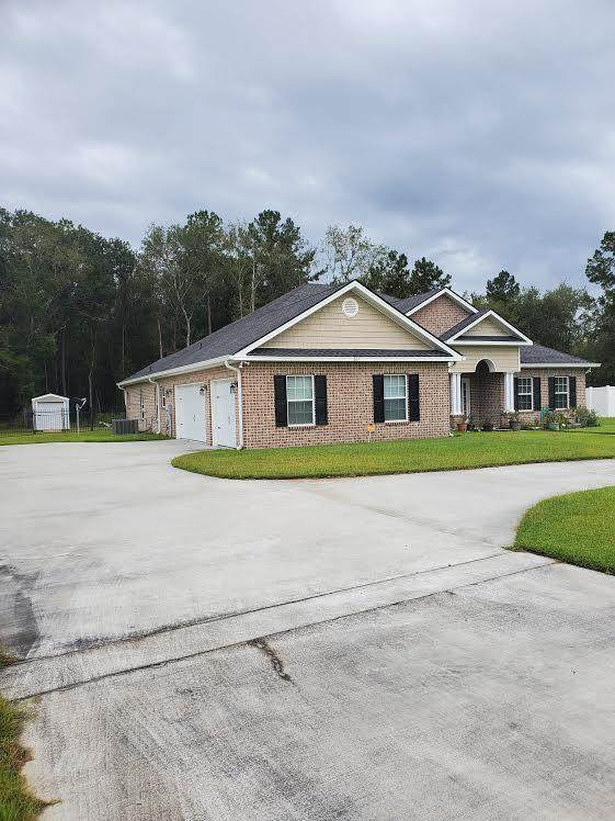 331 Wexford Drive, Hinesville, GA 31313 (MLS #134541) :: Coldwell Banker Southern Coast