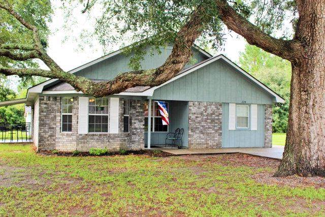 220 Jamey Lane, Hinesville, GA 31313 (MLS #134645) :: Coldwell Banker Southern Coast