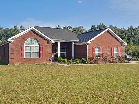 183 Appling Street, Hinesville, GA 31313 (MLS #134717) :: Coastal Homes of Georgia, LLC