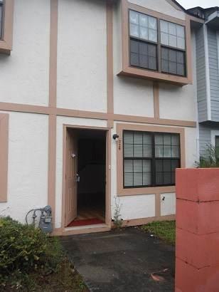720 Elaine Street - Photo 1