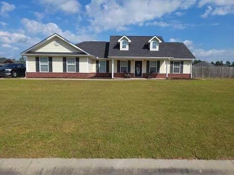 418 Parish Loop Ne, Hinesville, GA 31313 (MLS #140883) :: Coldwell Banker Southern Coast