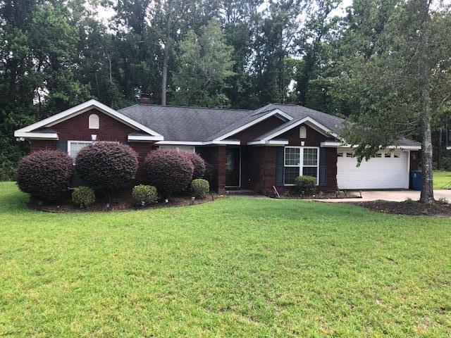 107 Oak Circle, Glennville, GA 30427 (MLS #127929) :: Coldwell Banker Holtzman, Realtors