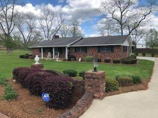 505 Easterling Street, Glennville, GA 30427 (MLS #133962) :: Coldwell Banker Southern Coast