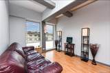 1096 Beretania Street - Photo 1