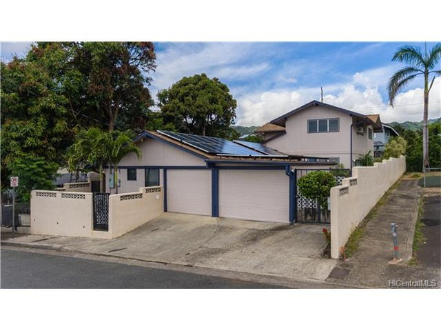 1586 Perry Street, Honolulu, HI 96819 (MLS #201705829) :: The Ihara Team