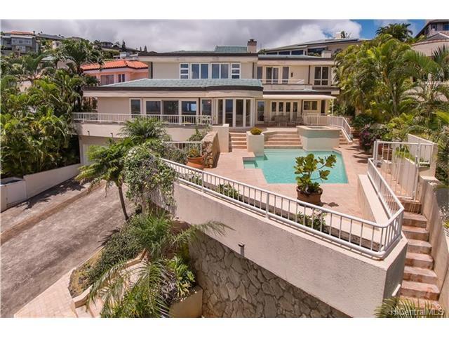 644 Kahiau Loop, Honolulu, HI 96821 (MLS #201712049) :: Elite Pacific Properties