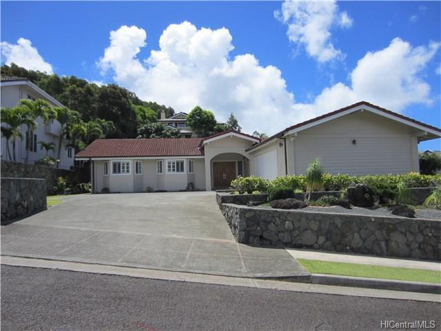 2239 Halakau Street, Honolulu, HI 96821 (MLS #201713723) :: Elite Pacific Properties