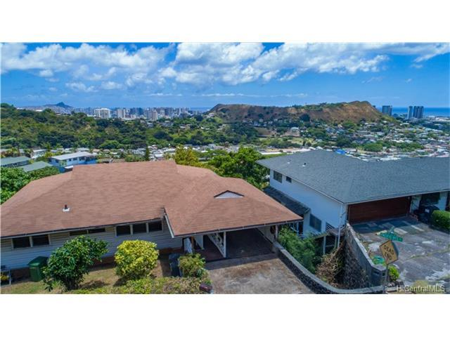 2604 Pacific Hts Road, Honolulu, HI 96813 (MLS #201714238) :: The Ihara Team