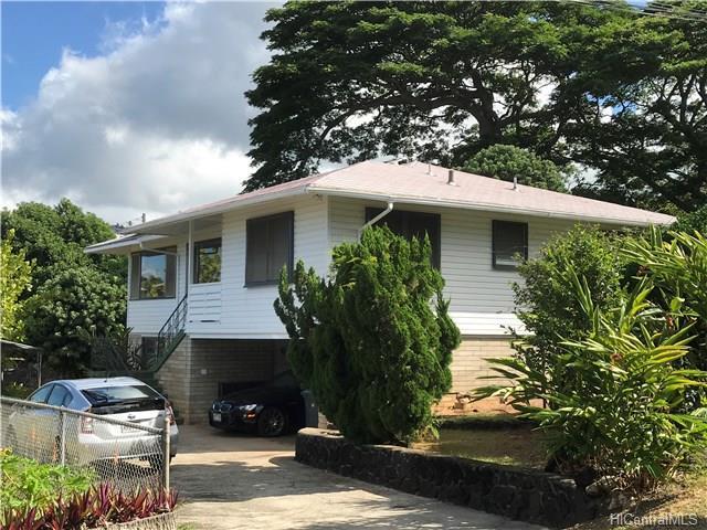 426A Kekau Place, Honolulu, 96 96817 (MLS #201715770) :: The Ihara Team