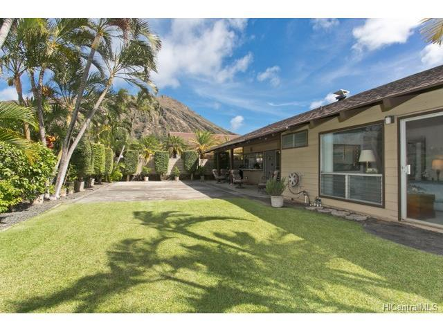 7182 Koamano Street, Honolulu, HI 96825 (MLS #201718004) :: PEMCO Realty