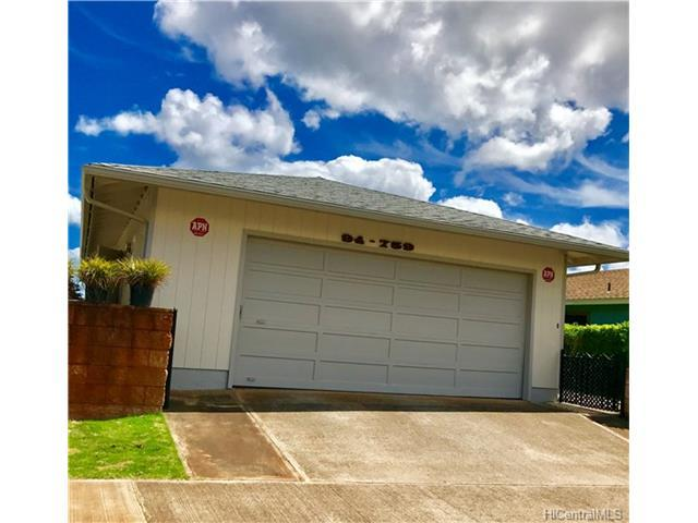 94-759 Kaaka Street, Waipahu, HI 96797 (MLS #201720038) :: Team Lally
