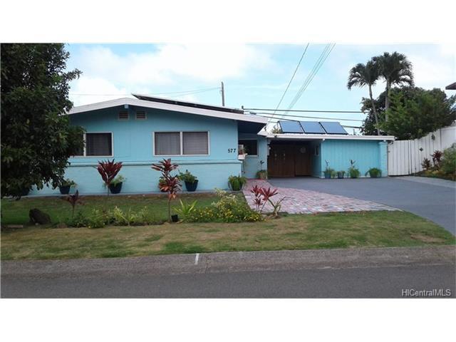 577 Ululani Street, Kailua, HI 96734 (MLS #201721502) :: PEMCO Realty