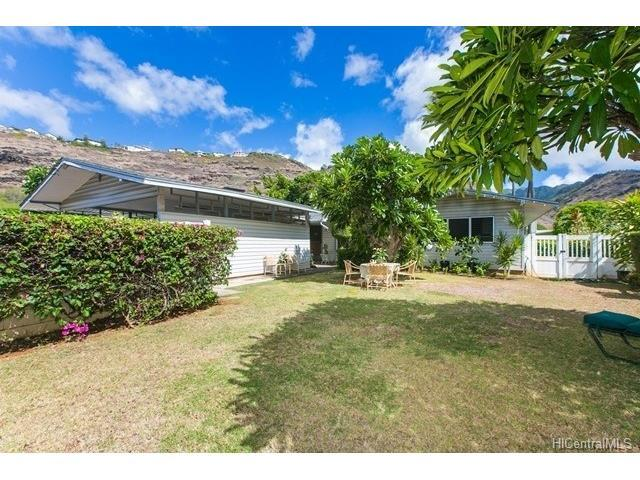 5538 Pia Street, Honolulu, HI 96821 (MLS #201721695) :: The Ihara Team