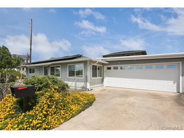 1342 Alani Street A, Honolulu, HI 96817 (MLS #201722071) :: PEMCO Realty