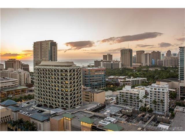 364 Seaside Avenue Ph2, Honolulu, HI 96815 (MLS #201723321) :: Keller Williams Honolulu