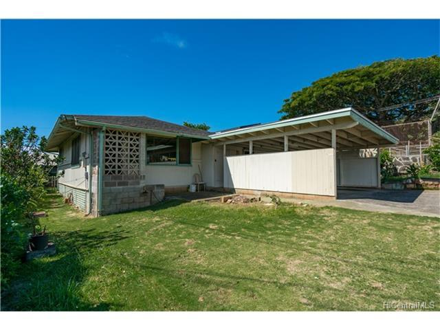 2439 Kini Place, Honolulu, HI 96819 (MLS #201723429) :: The Ihara Team