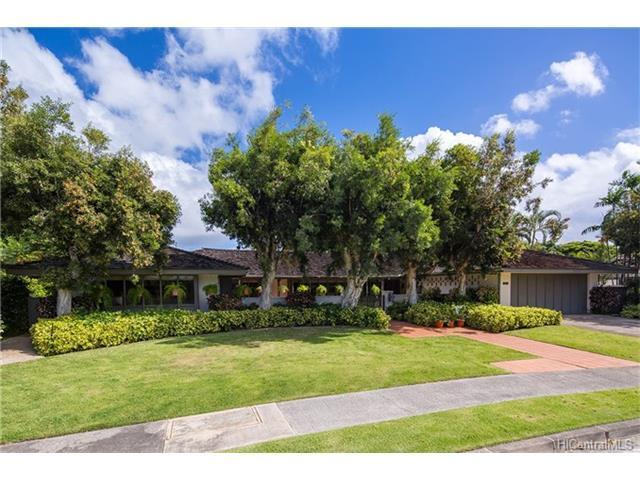 1121 Kaimoku Place, Honolulu, HI 96821 (MLS #201724459) :: Elite Pacific Properties