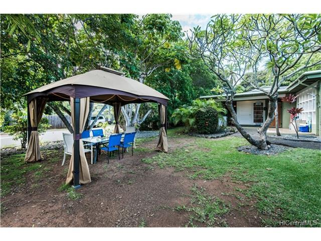 1459 Aalapapa Drive, Kailua, HI 96734 (MLS #201725685) :: The Ihara Team