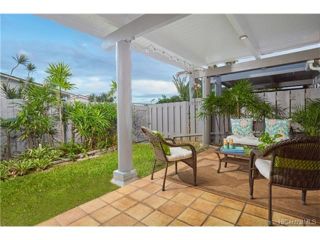 591 Keolu Drive D, Kailua, HI 96734 (MLS #201725701) :: The Ihara Team